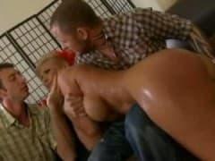 Phoenix Marie et double pénétration - Vídeo Sex - MESVIP