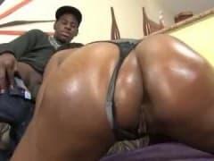 Jolie black et gros cul - Tube Porn - MESVIP