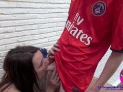 Meline Andrea va baiser avec un joueur de foot - MESVIP