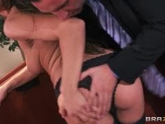 Une bonne baise avec Teal Conrad - Vídeo X - MESVIP