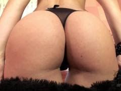 Eve Angel est au top de sa sensualité - XXX - MESVIP